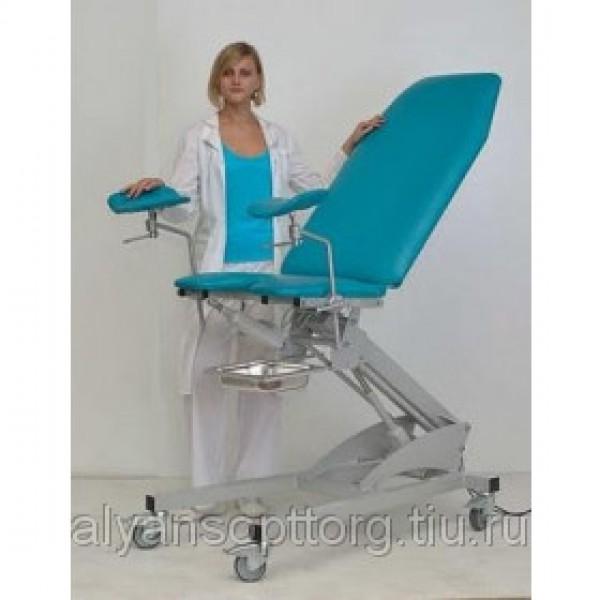 Девушка привязана к гинекологическому креслу фото